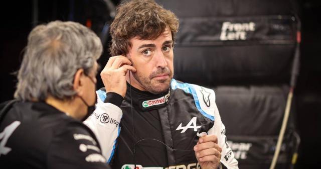 Fernando-Alonso-in-race-overalls-planetF1-1200x630.jpg