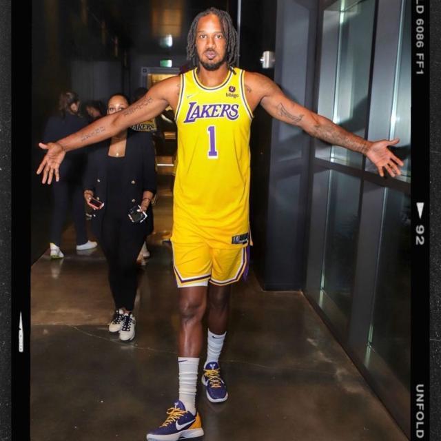 Trevor-Ariza-Lakers-October-7-2021-1633594645459.jpg